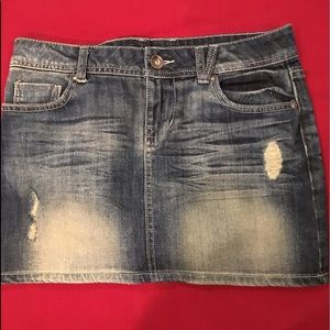 -FOREVER21-  mini  skirt  distressed jeans .